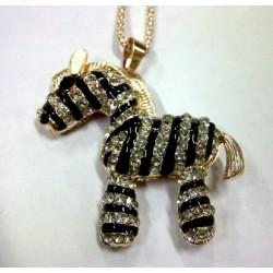 Kalung Zebra Aksesoris Korea Dengan Berlian Hitam Putih Glanmor